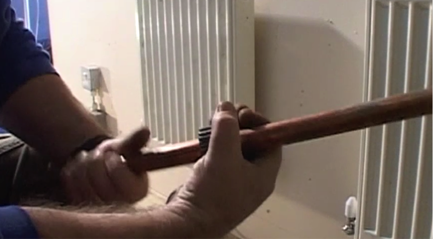 step-2-cut-the-pipe
