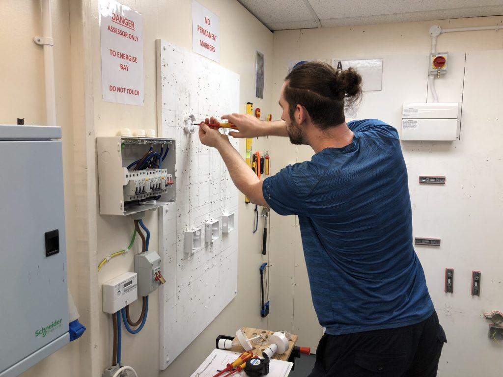 electrician-training
